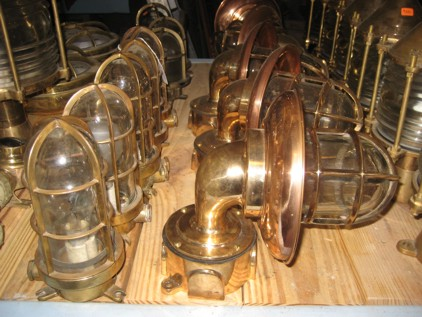 Ship Lights Amp Lanterns Nautical Antique Warehouse